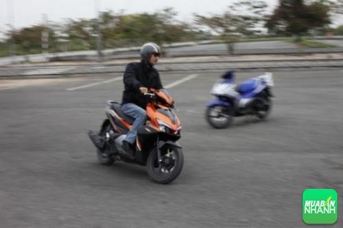 Kinh nghiệm lái xe máy tiết kiệm xăng