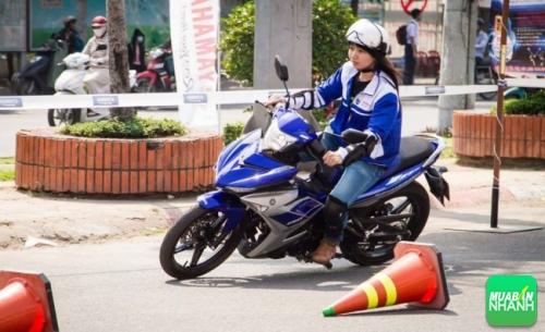 kỹ thuật chạy xe máy Yamaha Exciter 150