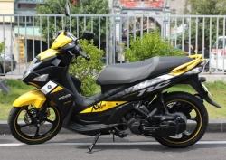 Xe máy Yamaha Nouvo FI RC 2015