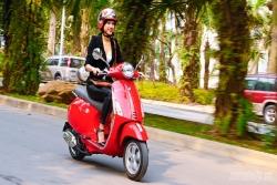Những 'thói xấu' của phụ nữ khi đi xe máy