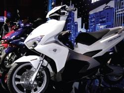 Kinh nghiệm đi xe máy Air Blade 2016 125cc lên dốc và xuống dốc