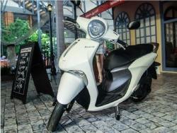 Đến sau, Yamaha Janus có gì để cạnh tranh Honda Vision?