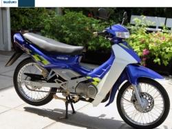 """Tại sao xe máy Su """"Xì-po"""" (Suzuki Sport) được cho là mẫu xe đặc biệt nhất tại Việt Nam?"""