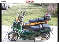 Chiến binh Honda PS 250 giữa Sài thành
