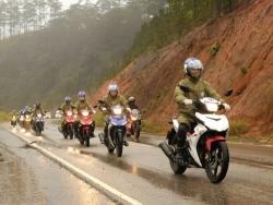 Trung tâm xe máy đánh giá ưu nhược điểm dòng xe Yamaha Exciter 150 côn tay
