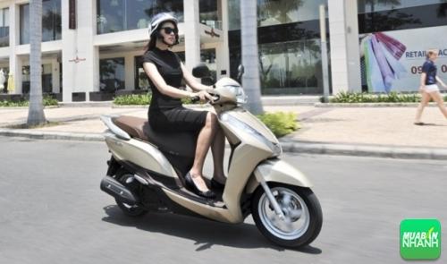 Kinh nghiệm vàng khi mua xe tay ga cho nữ - Xe máy Honda Lead 2015, 155, Uyên Vũ, Chuyên trang Xe Máy của MuaBanNhanh, 15/09/2016 11:39:51