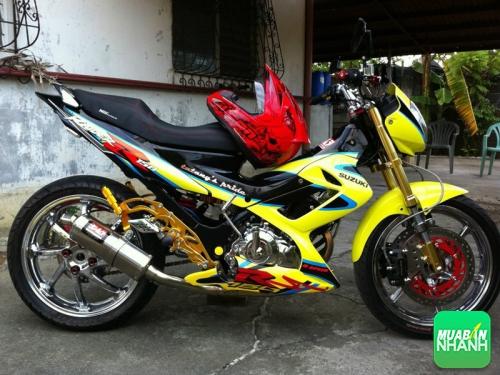 Xe máy Suzuki Raider 150 Fi 2016 lộ