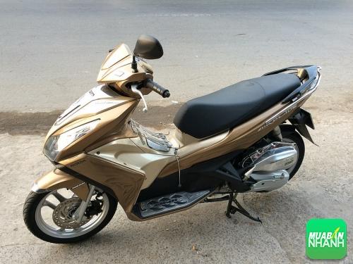 Xe máy Yamaha Grande và xe máy Honda Air Blade: xe nào được lòng người dùng hơn?, 366, Uyên Vũ, Chuyên trang Xe Máy của MuaBanNhanh, 15/09/2016 14:07:34