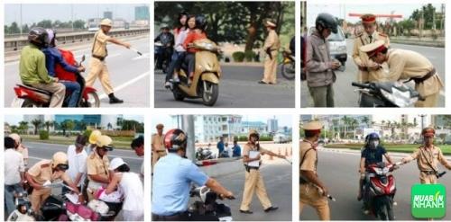 điều khiển xe máy vi phạm luật giao thông